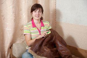 Основные принципы правильного ухода за верхней одеждой из кожи