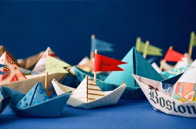 Как делать бумажный кораблик пошагово