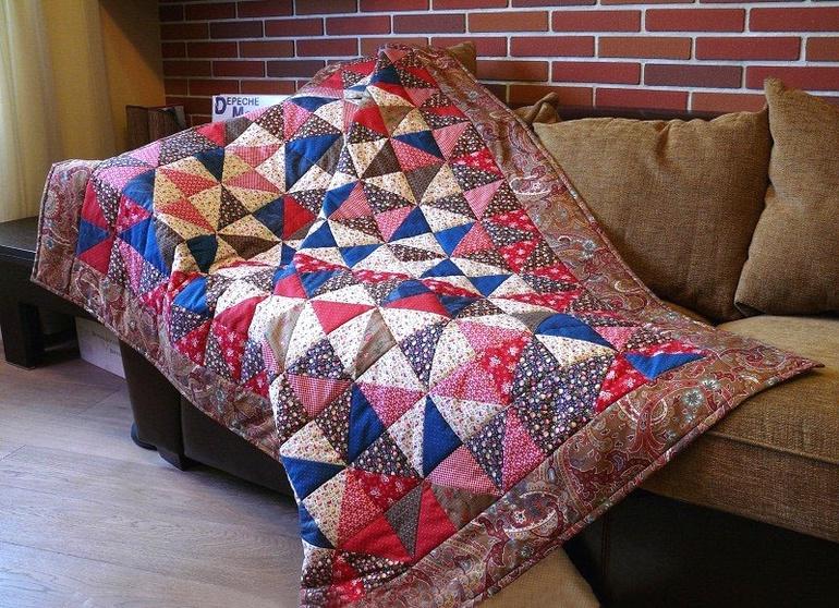 Пошив уютного покрывала из старья