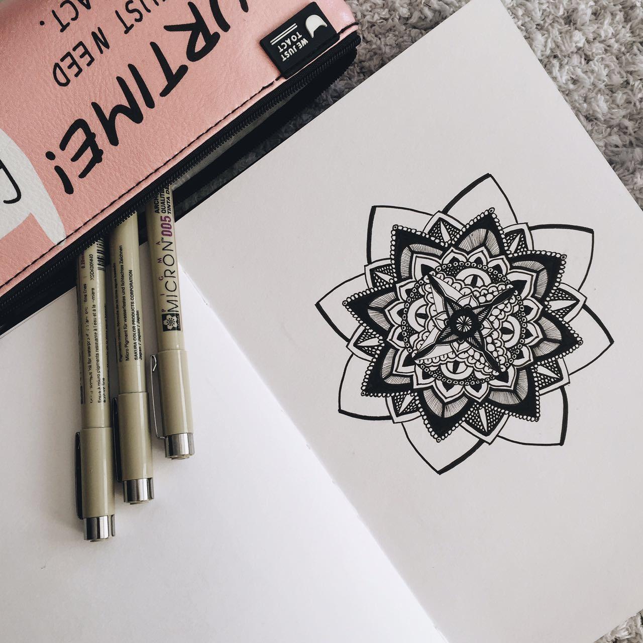 Зентанглы -техника медитативного рисования