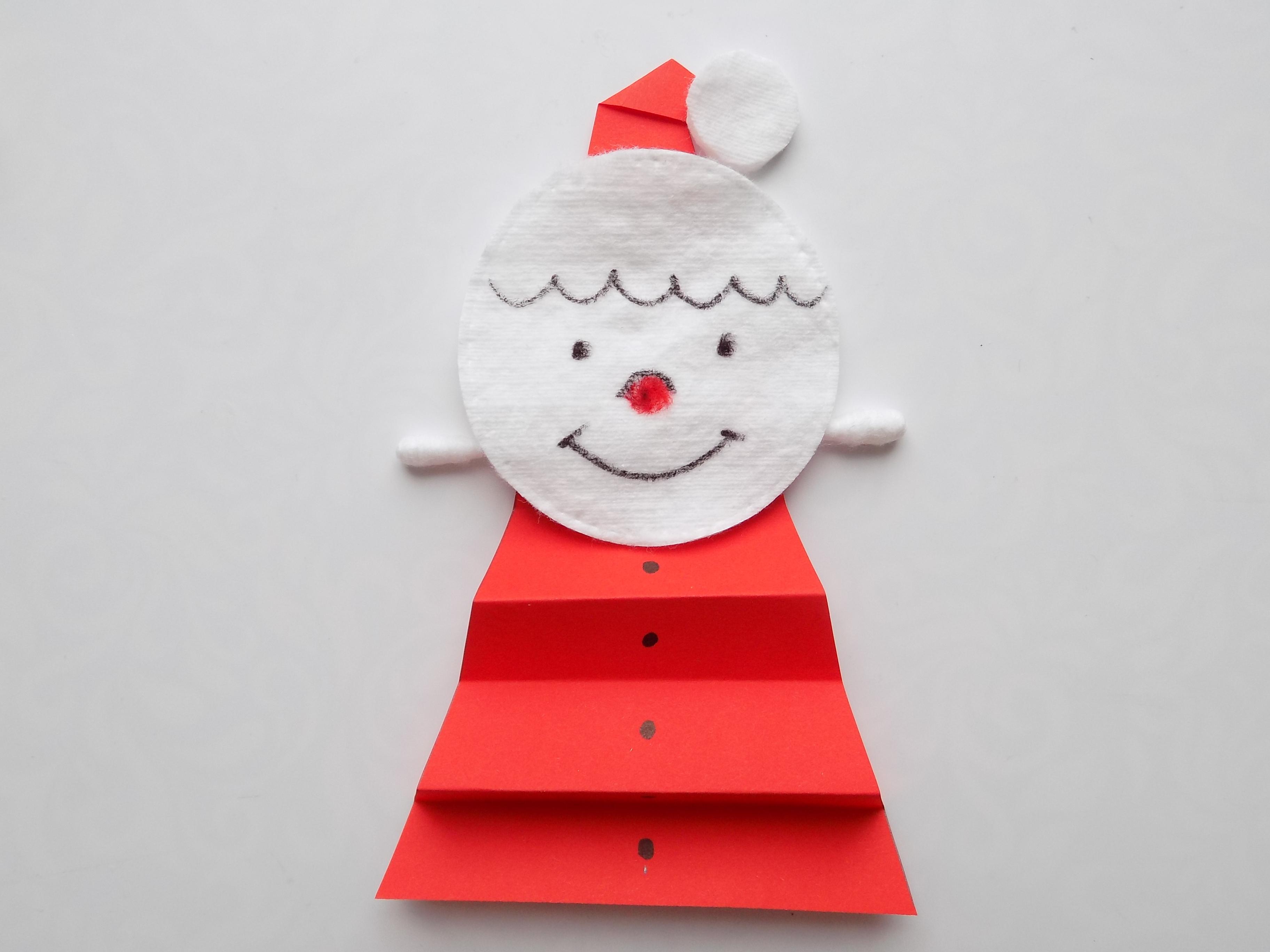 Простые поделки с детьми. Дед Мороз из подручных материалов