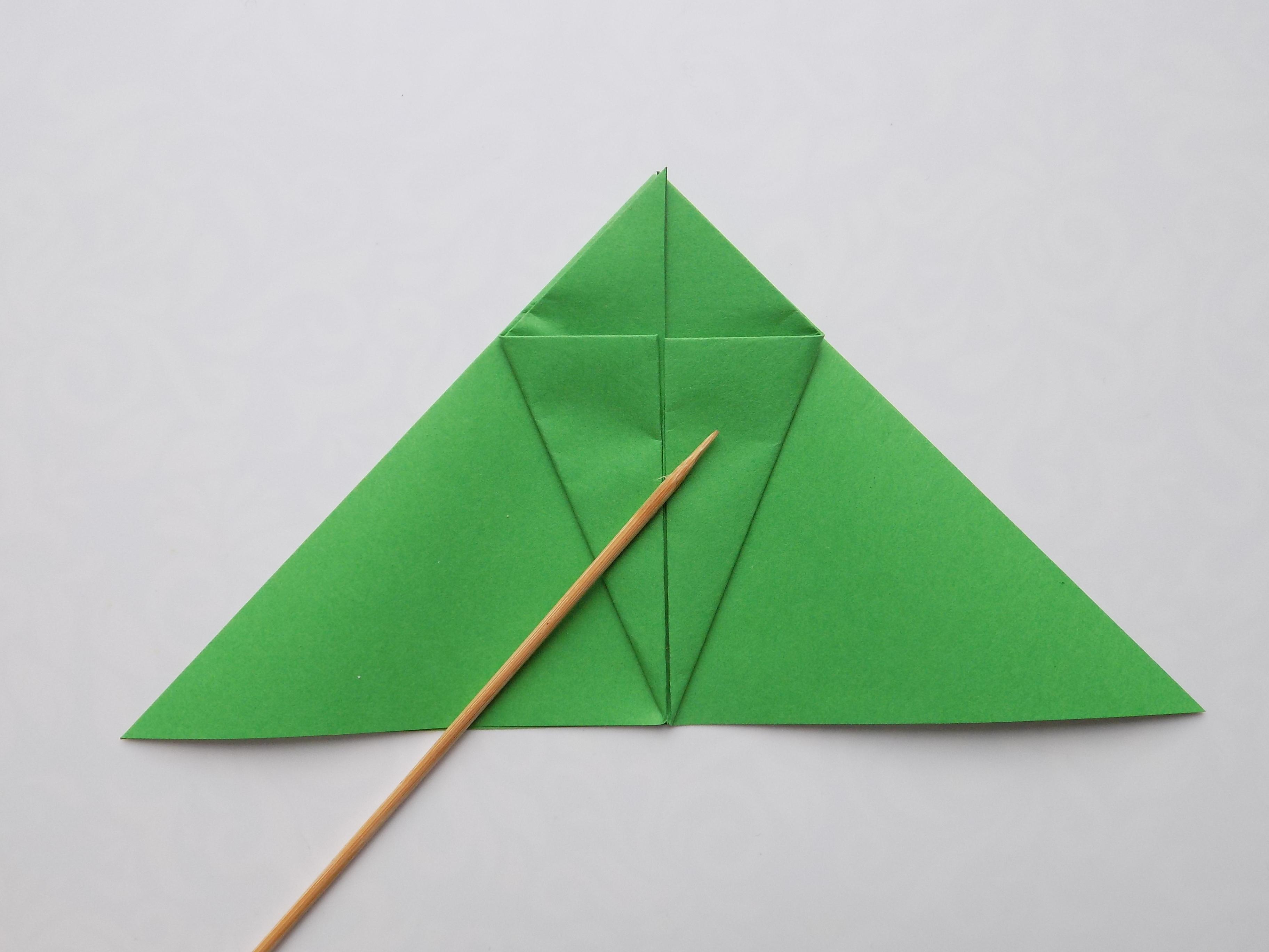 Как сделать прыгающую лягушку из бумаги?