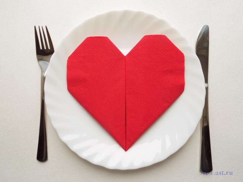 10 простых способов красиво сложить салфетки