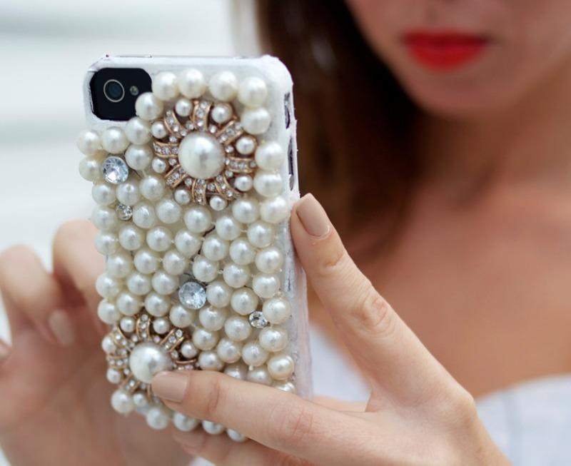 Самые модные, или 7 способов украсить телефон так, чтобы он был не как у всех