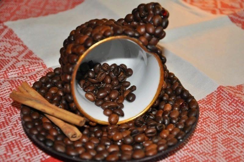 Кофейные зерна в интерьере: 7 идей применения, которые заставят ваш дом благоухать