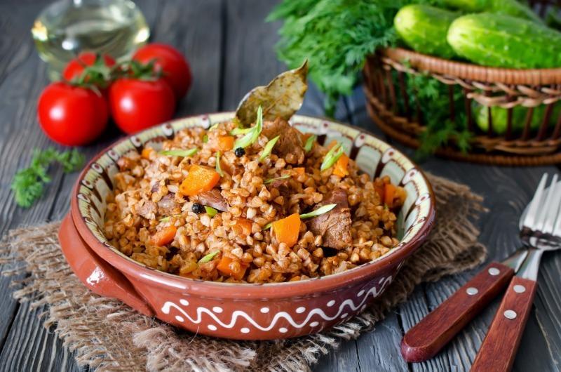 7 простых блюд, которые можно приготовить в микроволновке