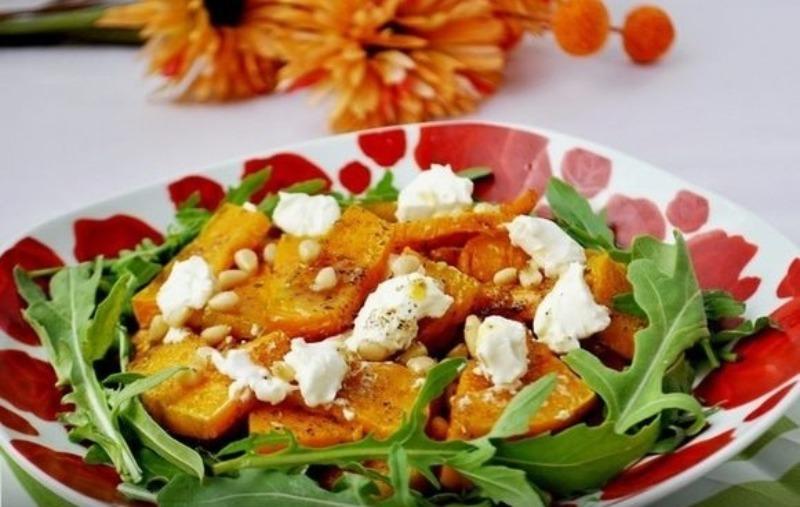 6 дешевых, но вкусных салатов, которые готовятся за 5 минут