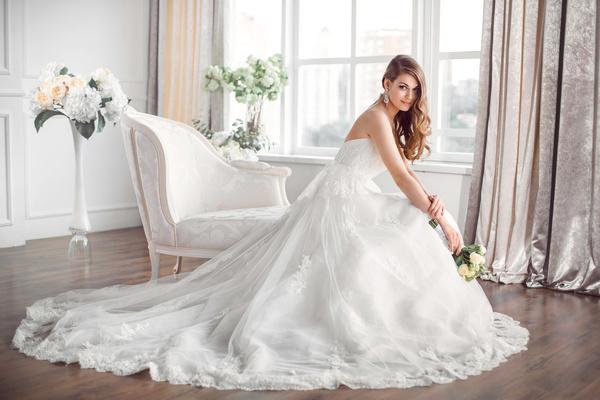Правила выбора идеального свадебного платья