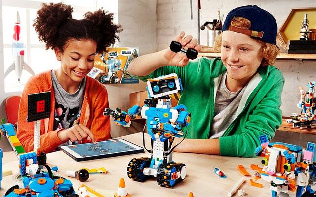 Робототехника и конструкторы LEGO для детей от 2 до 18 лет