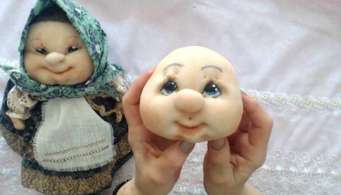 лицо капроновой куклы